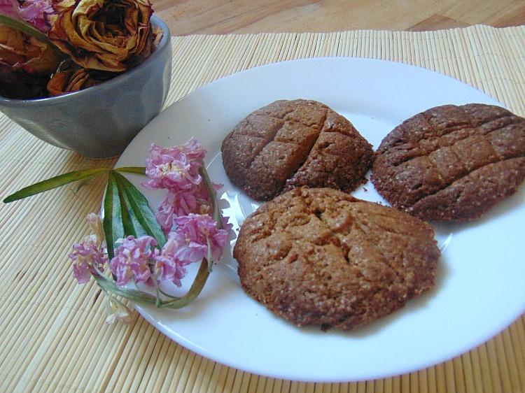Kruche ciasteczka z mąki gryczanej - przepis