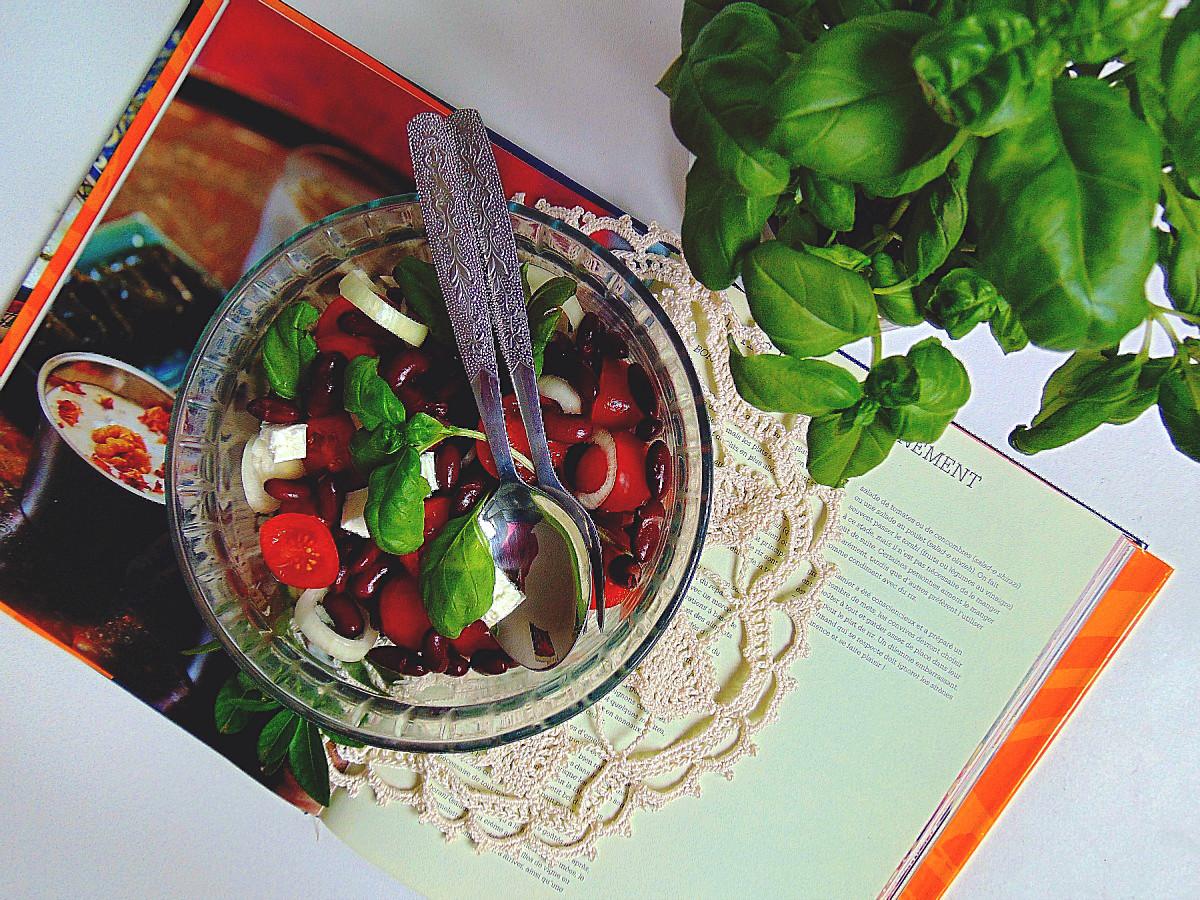 sałatka z fasoli czerwonej