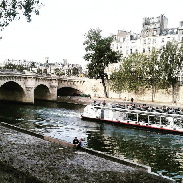 Live in Paris seem