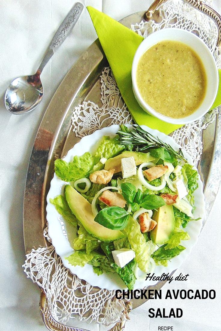 Chicken Avocado Salad Recipe Sałatka kurczak, awokado, feta  Potrzebne nam będą: 3 piersi z kurczaka,  2 awokado,  1 cebulka,  1 cytryna, 100 g fety, 3 łyżki oliwy z oliwek