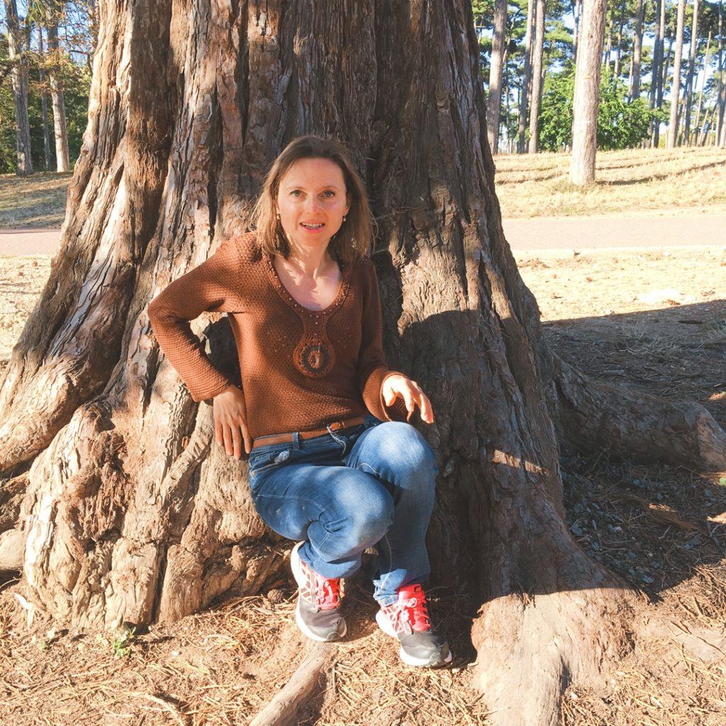 Terapia lasem. Dlaczego warto wybrać się do lasu?