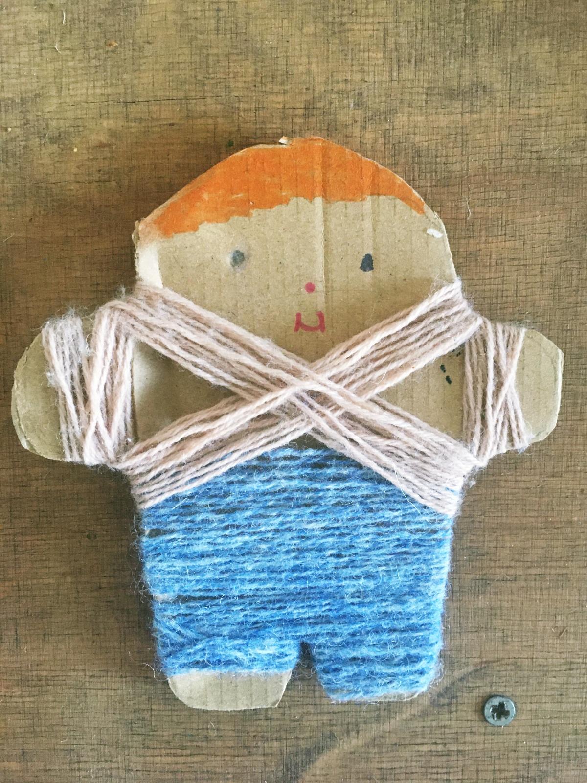 DIY z dzieckiem - tekturowe ludziki